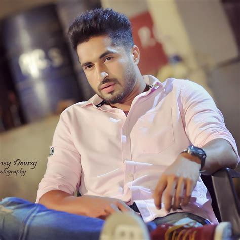 latest pic jassi gill free jassi gill pics hd wallpapers images latest pictures