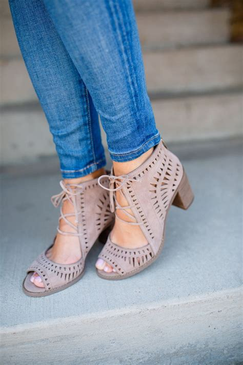 Pretty Heels For Summer by 78 Best Ideas About Fashion Heels On Strappy