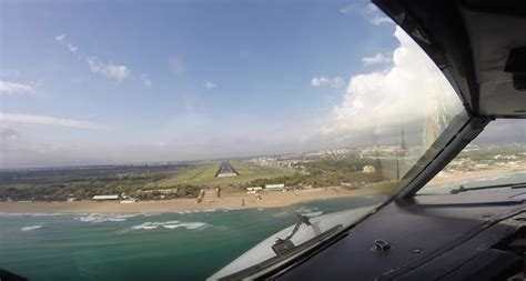 atterraggio aereo dalla cabina aeroporto fontanarossa l atterraggio e le