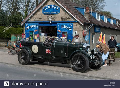 vintage bentley a vintage bentley at scripps garage in goathland on the