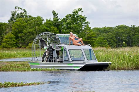 airboat vs jet boat pin bowfishing boat 16 images to pinterest