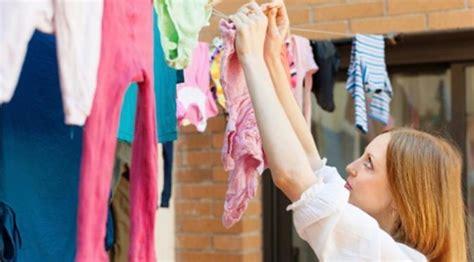 membuat jemuran laundry jangan menjemur pakaian di dalam ruangan ini bahayanya