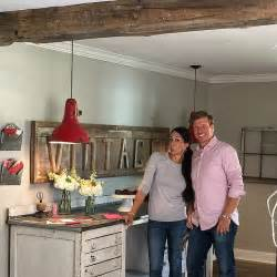 vintage decorating ideas from joanna gaines popsugar home