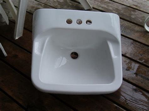 1940s bathroom sink bathroom sink maybe 1940 porcelain st vital winnipeg