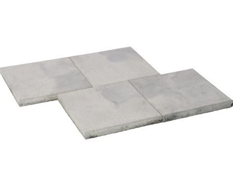 terrassenplatten istone basic beton terrassenplatte istone basic wei 223 schwarz 40x40x4cm