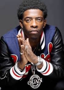 rich homie quan snuffs a bouncer escapes on speedboat