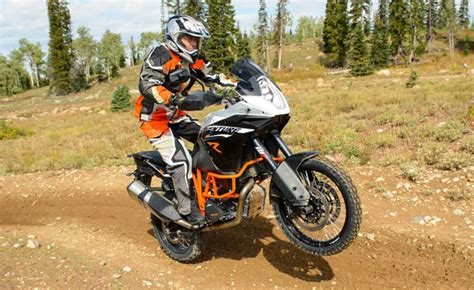 Ktm 1190 Wheelie Top 10 Motorcycles For Wheelies