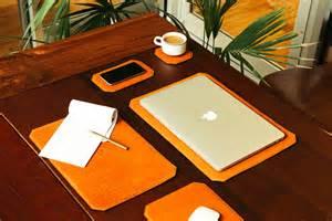 Blotter Desk by Parabellum Quot Tech Blotter Quot Desk Goods Set Hypebeast