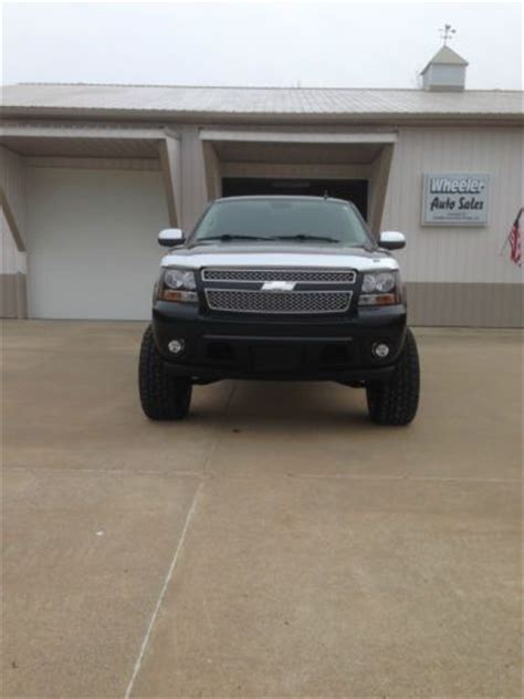 Purchase used 2010 Chevy Suburban 1500 4x4 LTZ Lifted