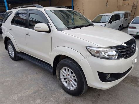 Fortuner Ori Anti Air White toyota fortuner 2014 for sale in lahore pakwheels