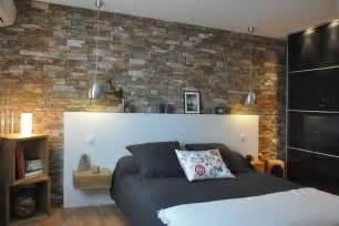 Awesome Quelle Couleur Pour Mon Salon #5: 715799-chambre-moderne-un-mur-de-pierre.jpg