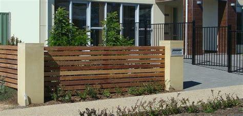 membuat pondasi rumah sederhana tips membuat pondasi pagar rumah sederhana tetap kokoh