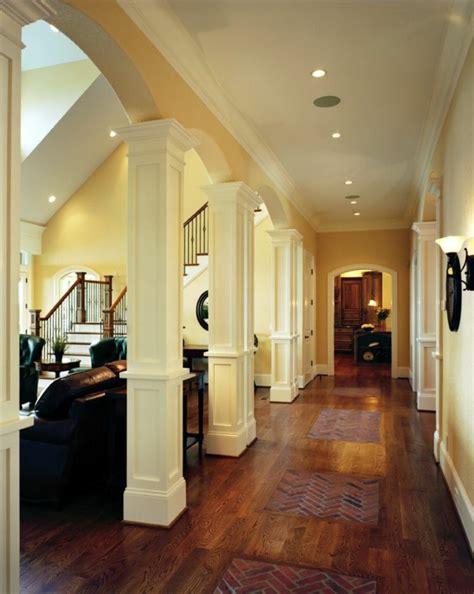 dekorieren eines wohnzimmers haus bauen auffallende ideen f 252 r au 223 en und