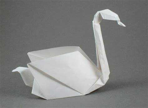 Origami Swan With Wings - hannah s greatest day at abubilla abubilla