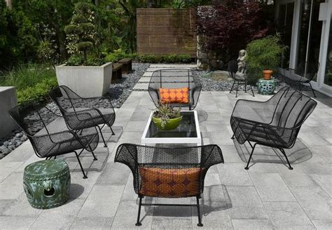 retro patio furniture  hot  summer  kansas city