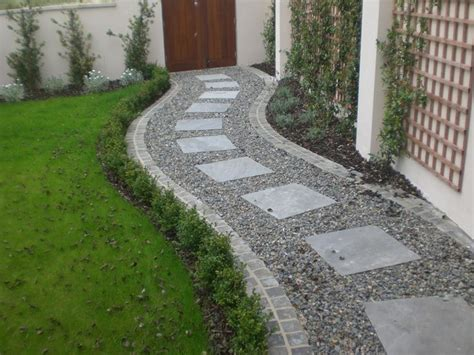 Landscape Ideas With Pavers 1000 Ideas About Gravel Landscaping On