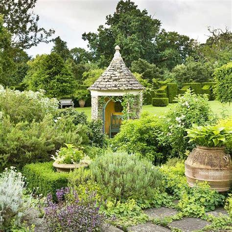 tuin prins charles highgrove gardens uk highgrove pinterest highgrove
