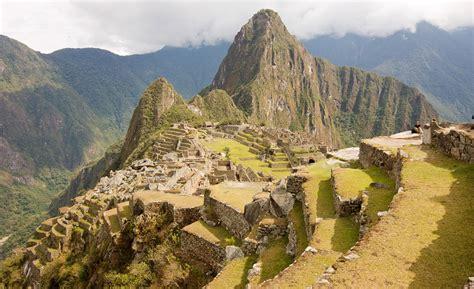 hombres ecuatorianos vergones apexwallpapers com peru mountains machu picchu newhairstylesformen2014 com