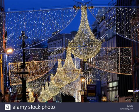 christmas lights decorations grafton street dublin city