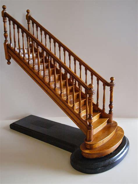 Escalier 2 Marches 18 by Le Monde En Miniature Les Escaliers