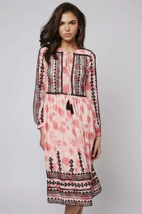 Get Look Kate Middletons Topshop Tunic Dress by Kate Middleton S Topshop Pink Black Embroidered Dress