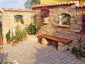 terrasse mediterran garten terrasse mediterran kunstrasen garten