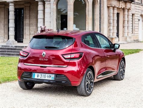 clio renault 2016 facelifted renault clio 2016 drive cars co za