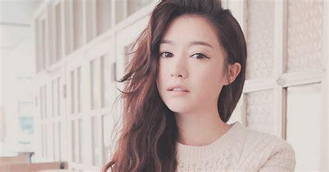 Tas Gaya Wanita Korea Simple Kece Hitam Merah Selempang Handbags 5 model gaya rambut panjang cewek korea terbaru 2017 paling populer