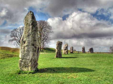 avebury stones hdr   avebury stone circle