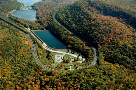 the world s best photos of curve and fall flickr hive mind 28 best images about horseshoe curve on places track and the