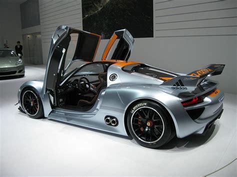 Porsche 918 Fuel Economy by Porsche 918 The Car Of The Future Infinite Garage