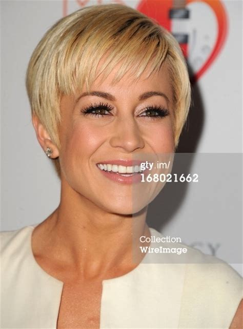 pictures of kellie picklers short hairstyles kellie pickler pixie short hair