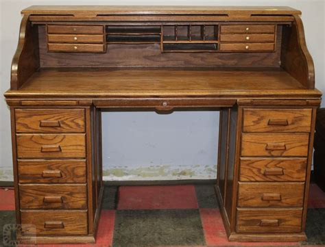 1980 S Oak Roll Top Desk With 10 Drawers Kastner Auctions