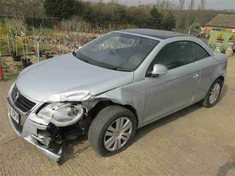 volkswagen 2008 08 vw eos 2 0 tdi convertible damaged salvage spares