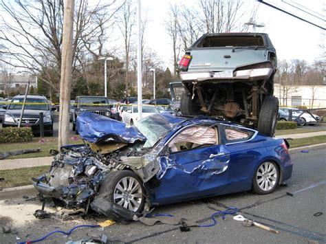 car crash huntington manor department ems respond to jericho
