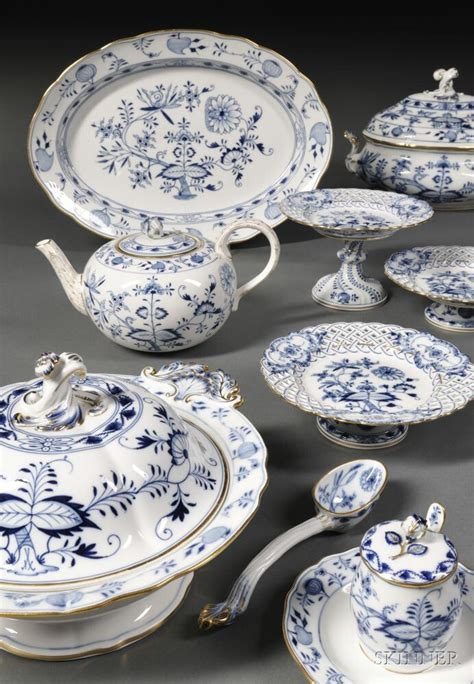 blue onion pattern dishes 271 best meissen blue onion china images on pinterest