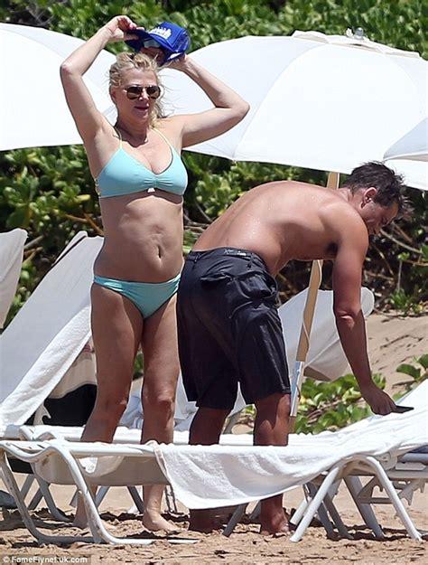 Shirtless Rob Lowe And His Bikini Clad Wife Sheryl Berkoff