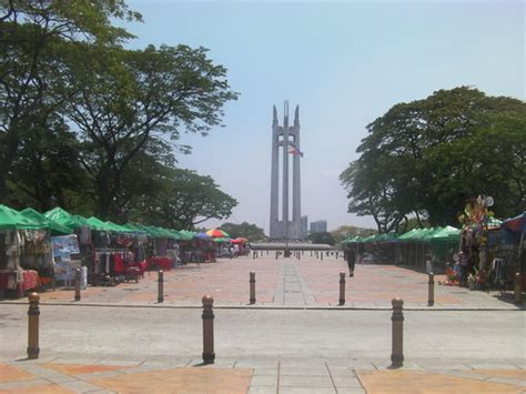 quezon city quezon memorial circle jpg
