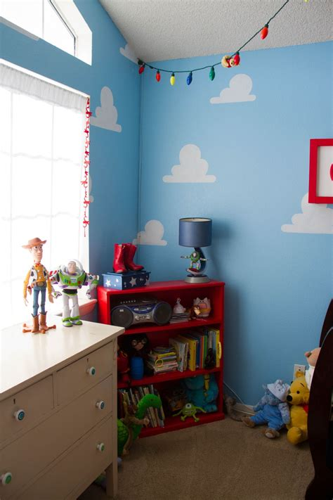 toy story themed kids room design  decor options