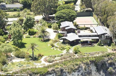 Ranch Houses Plans by Julia Roberts Lands Herself Another Stunning Malibu Estate