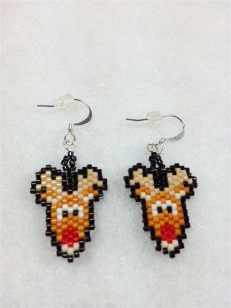 pattern for beaded christmas earrings 140 best christmas seed bead patterns images on pinterest