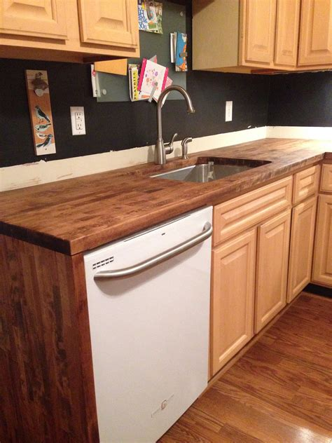 Butcher Block Countertops For Sale by Mesmerizing Butcher Block Kitchen Tables And Chairs 25