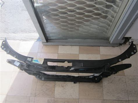 radiator support top cover   auto parts mercedes benz  parts bmw  parts