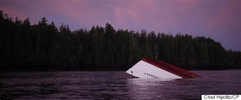 sinking boat canada tofino coast guard couldn t hear first responder s message