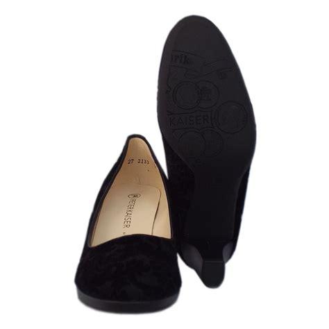 kaiser kolin black velvet suede court shoe