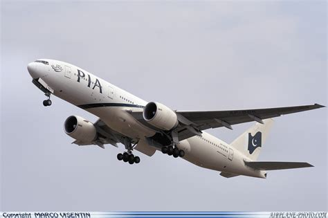 boeing 777 pia seating plan pia boeing 777