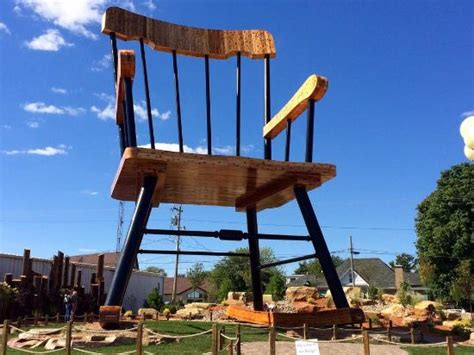 Worlds Largest Rocking Chair by World S Largest Rocking Chair Picture Of World S Largest