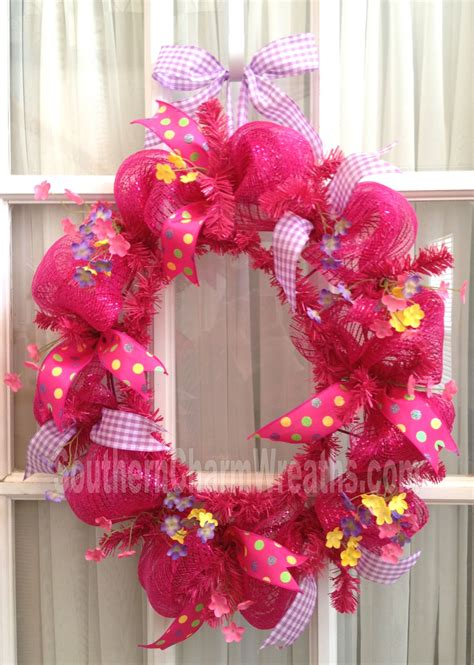 deco mesh wreath learn to create your own fabulous and funky deco mesh