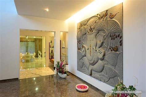 easy steps   traditional home homzin foyer