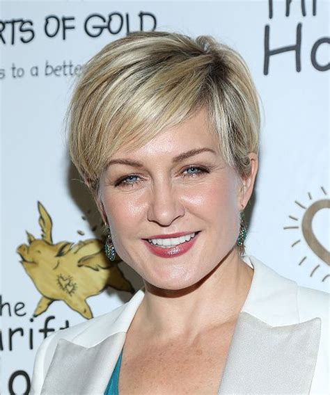 amy carlson shortest hairstyle 17 best images about hair ideas on pinterest marion